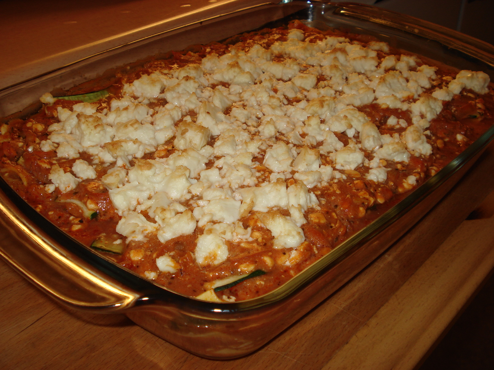 Lasagna with cottage cheese, zucchini and feta cheese