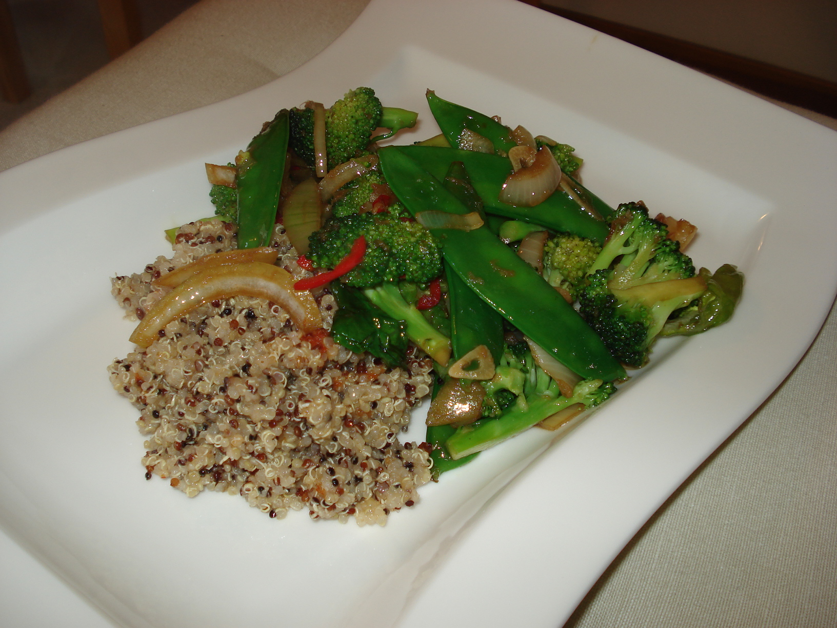Chilli and sesame flavoured vegetable wok with quinoa